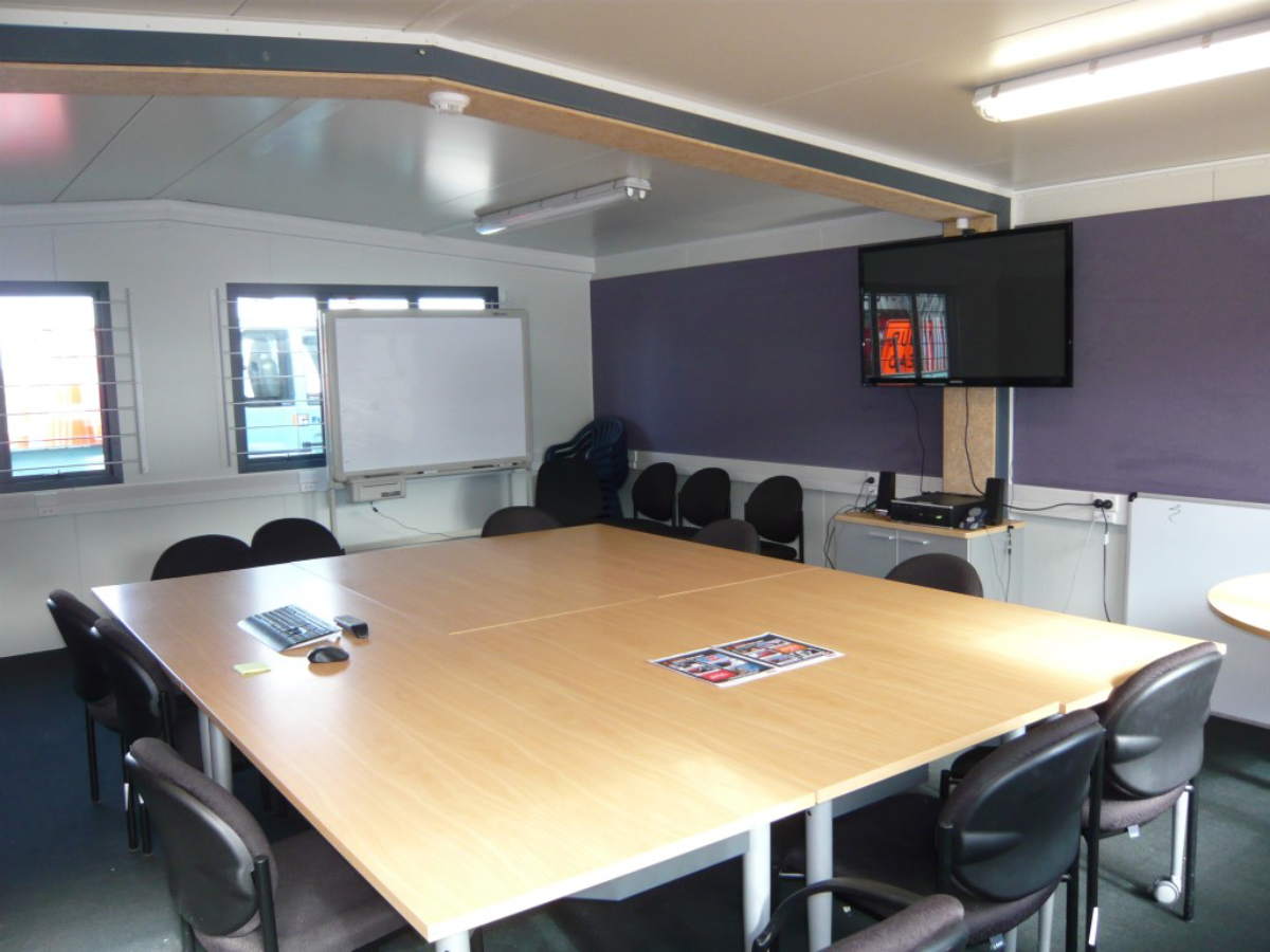 6 x 7m Commercial Office