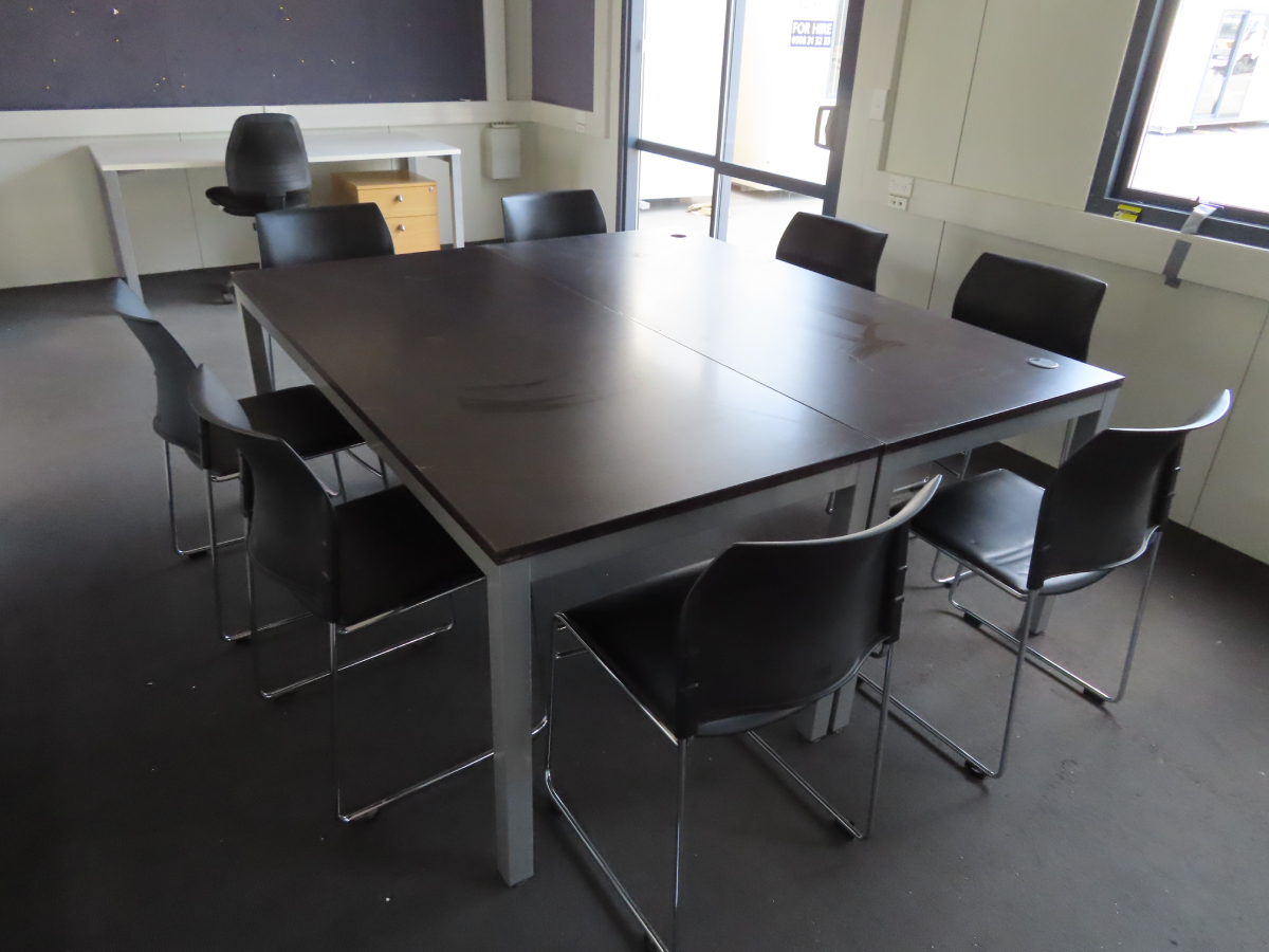 Meeting Tables & Chairs